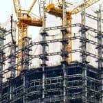 Bild von Kränen auf einer Baustelle